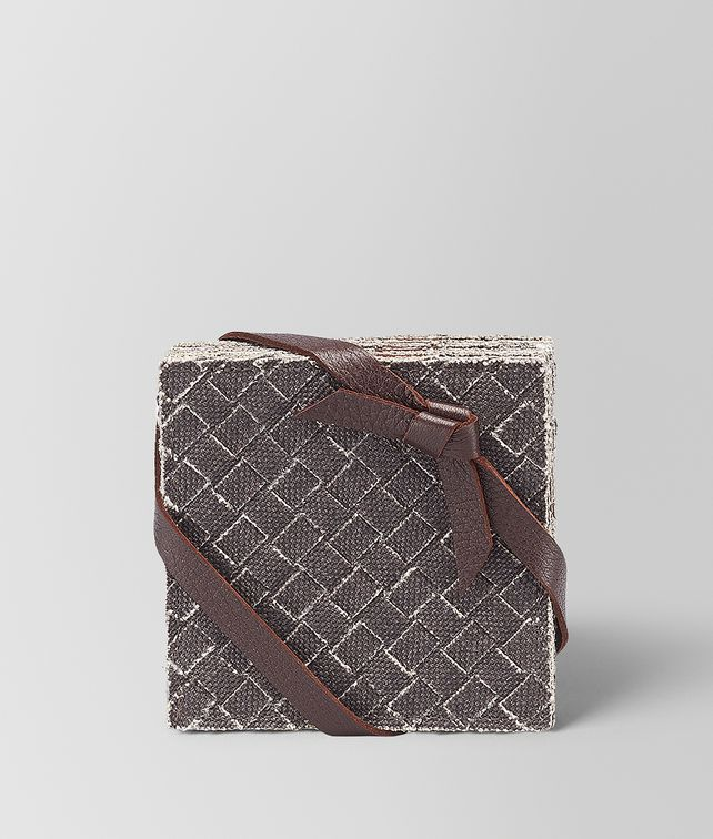BOTTEGA VENETA COASTERS IN CARBONE INTRECCIATO LINEN Desk accessory E fp