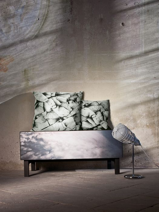 LIVING MONOCHROME CLIFF CUSHION 60X60 Living U e
