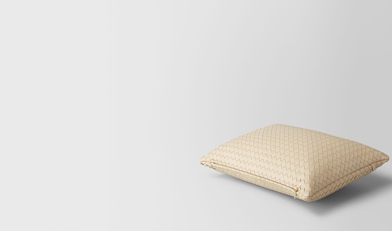 pergamena intrecciato nappa leather rectangular pillow landing