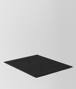 黑色INTRECCIATO编织亚麻餐垫