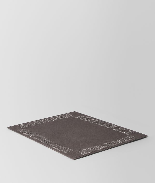 BOTTEGA VENETA CARBONE INTRECCIATO LINEN PLACEMAT TABLETOP E fp