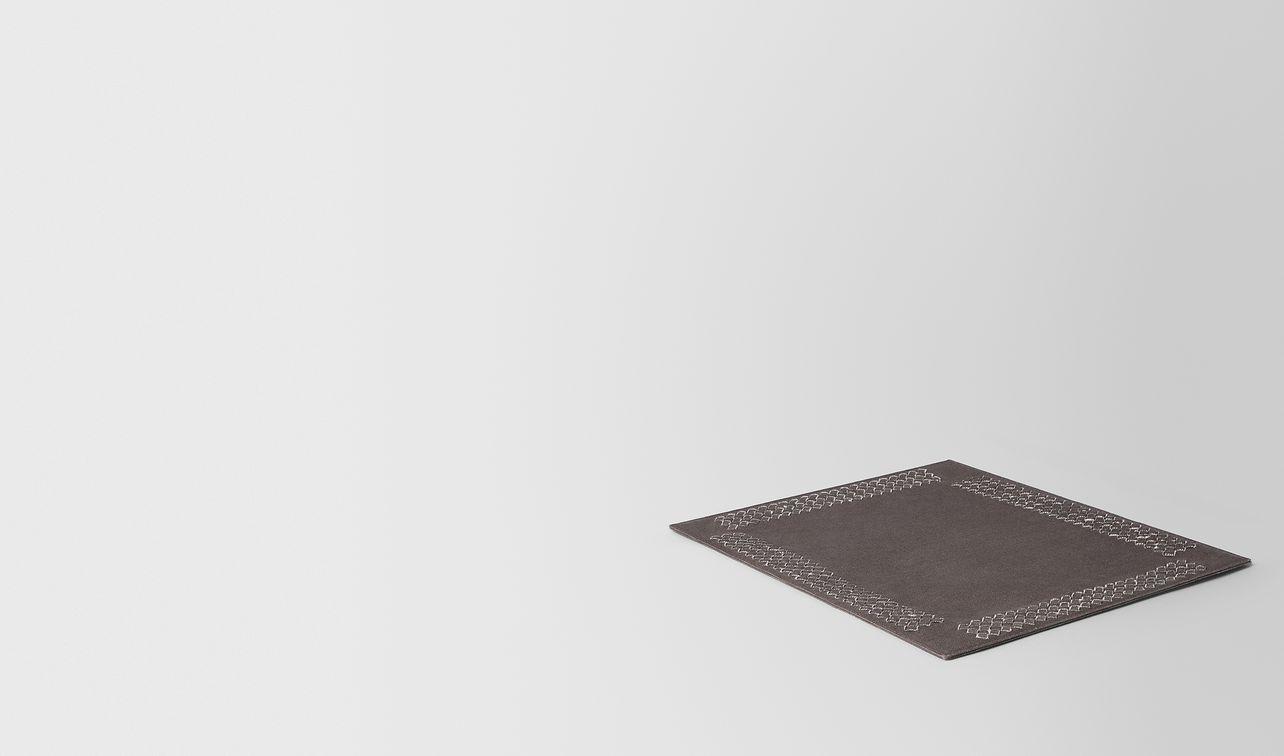 tovaglietta in intrecciato lino carbone landing