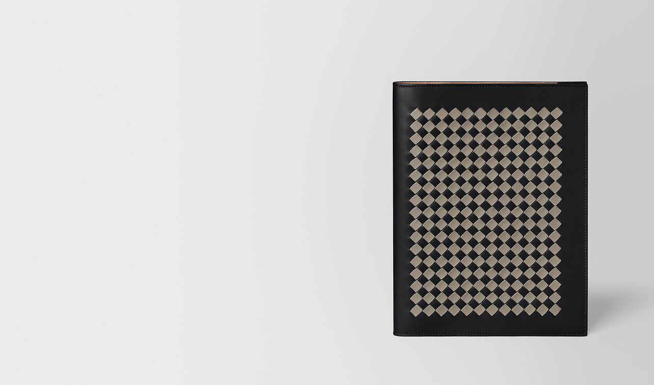 large notebook cover in intrecciato chequer landing
