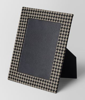 LARGE PHOTO FRAME IN INTRECCIATO CHEQUER