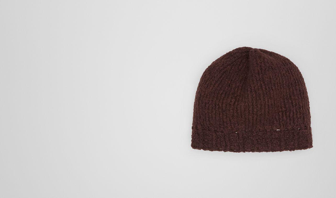 coffee wool hat landing