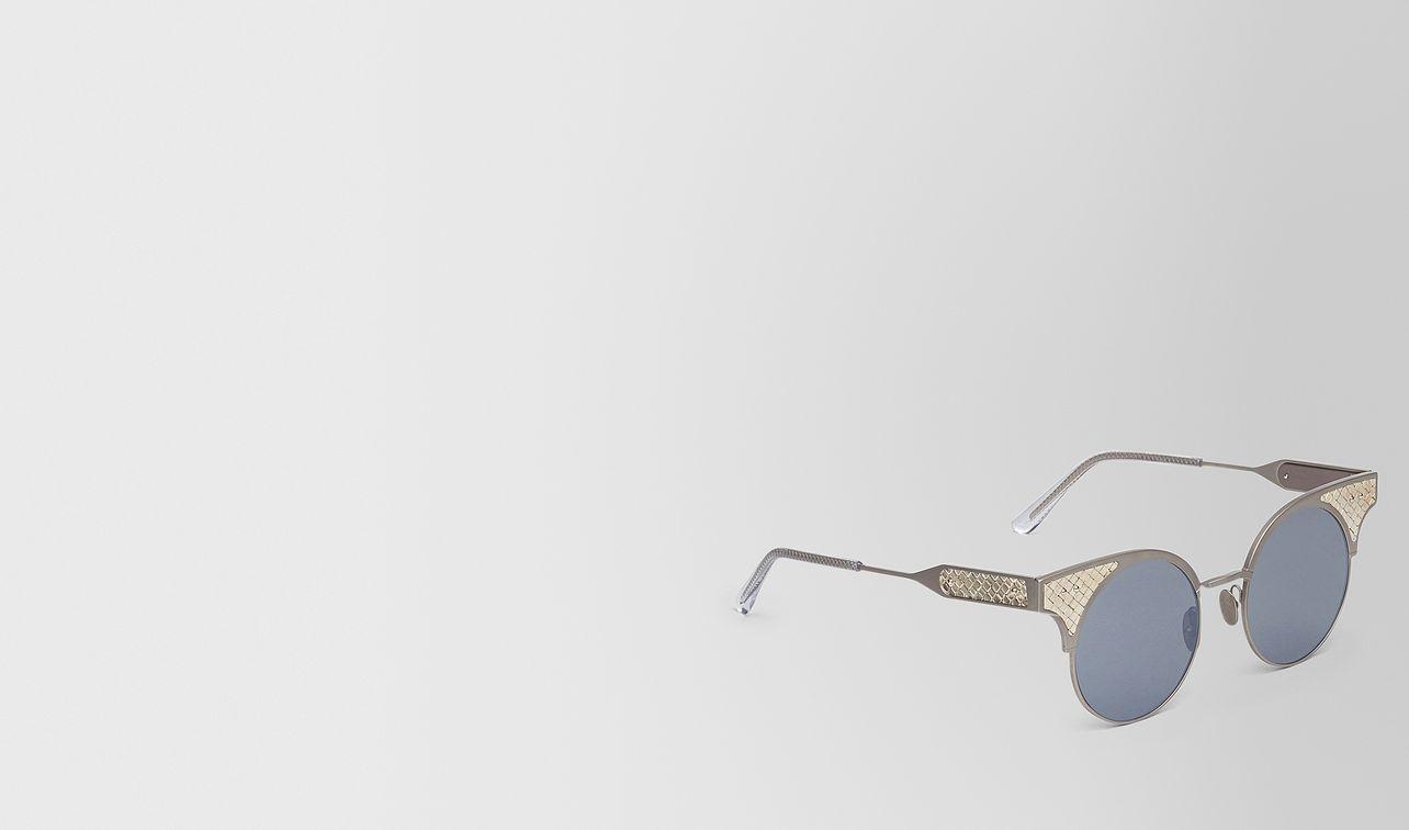 bv15 sunglasses in silver titanium, light silver mirror lens and sterling silver intrecciato details   landing