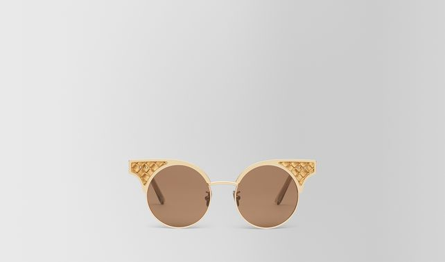 SUNGLASSES IN SILVER STAINLESS STEEL LEATHER, SOLID BROWN LENSES AND INTRECCIATO DETAILS ON THE FRAME