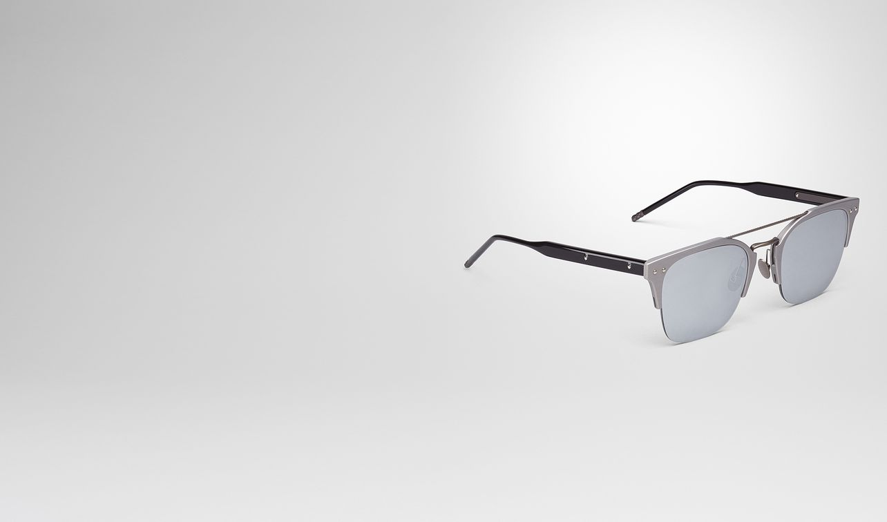 grey aluminium sunglasses landing
